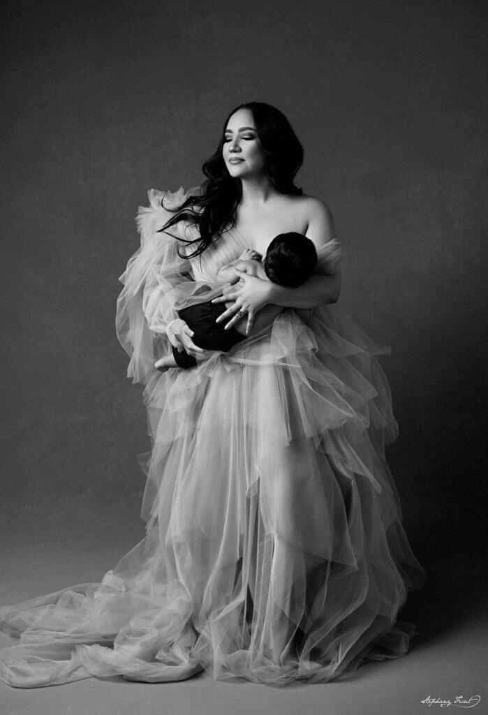 Dallas maternity photography newborn baby breastfeeding food guide