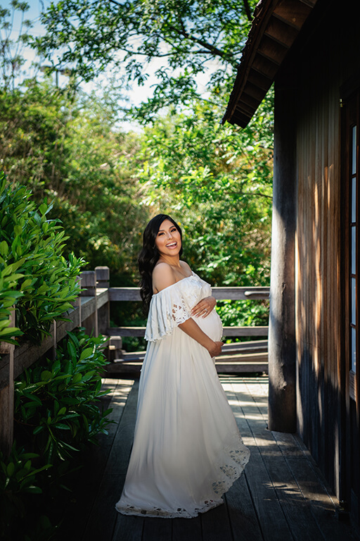 Maternity boho gown photo shoot at the Japanese garden