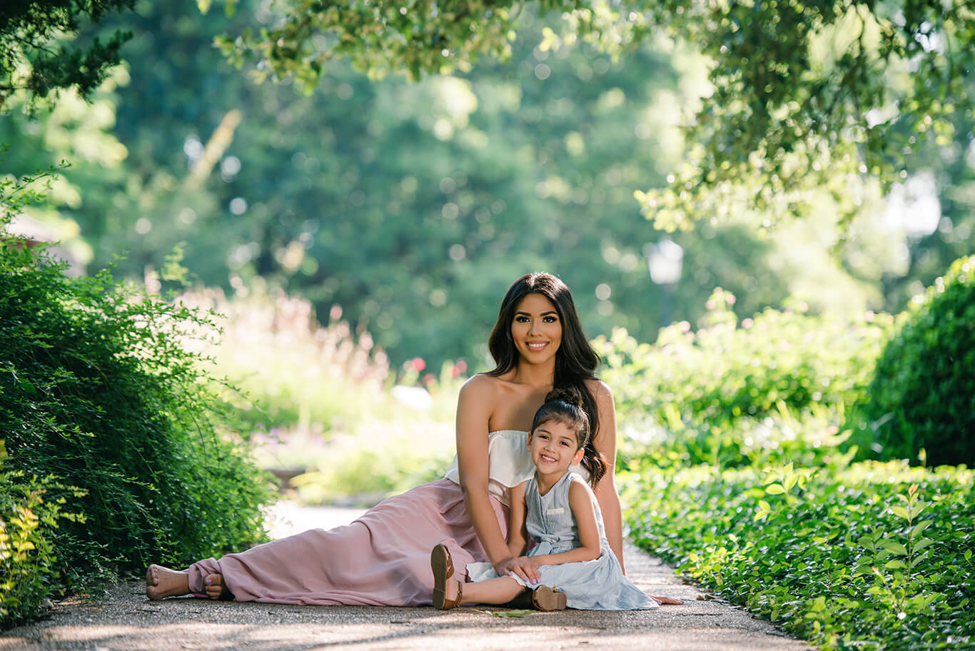Mother and daughter outdoor family photography