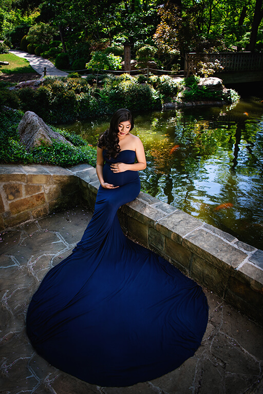 Maternity shoot at the Japanese garden in Dallas