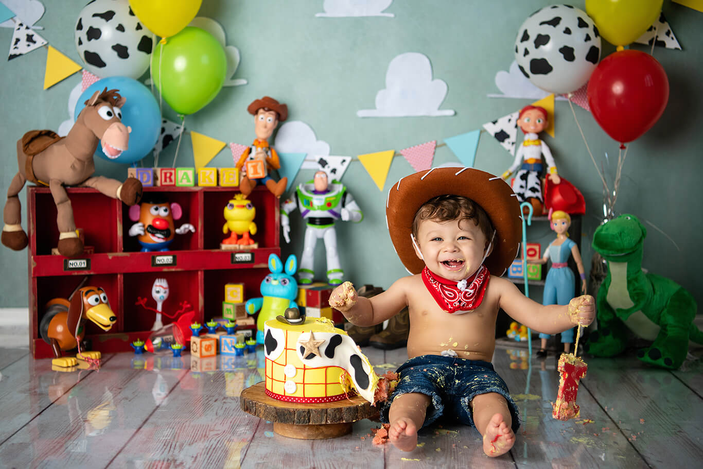 Toy story first birthday cake smash photography