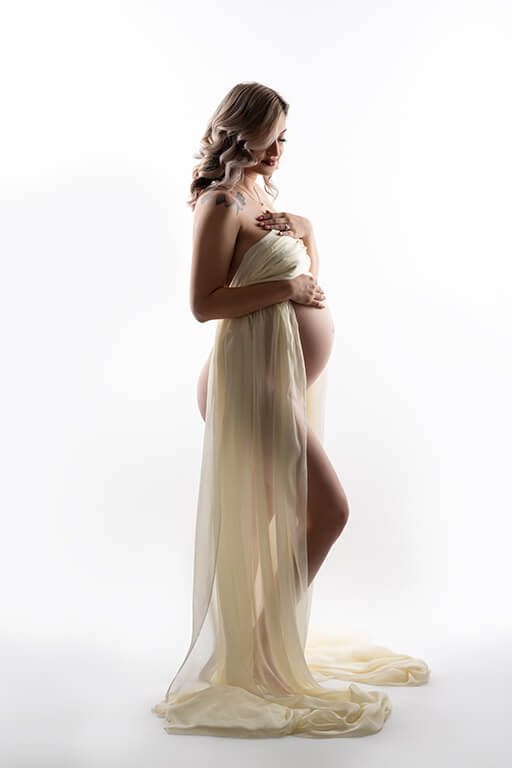 Unique maternity photo studio with silk materials