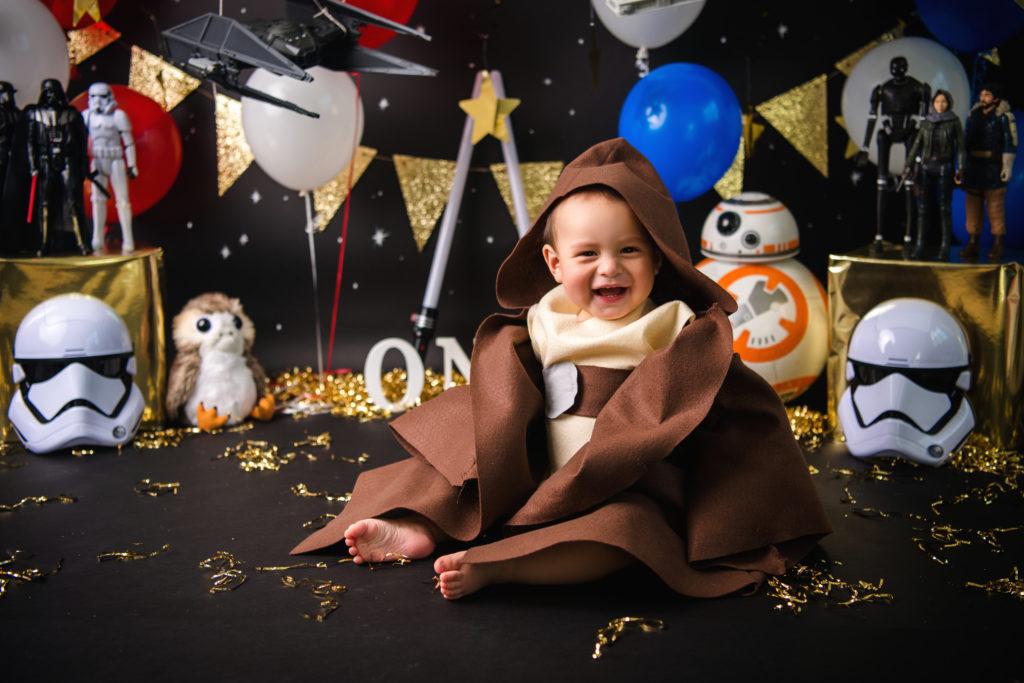 Star wars cake smash photo session