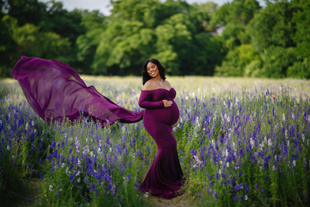 what is maternity photography