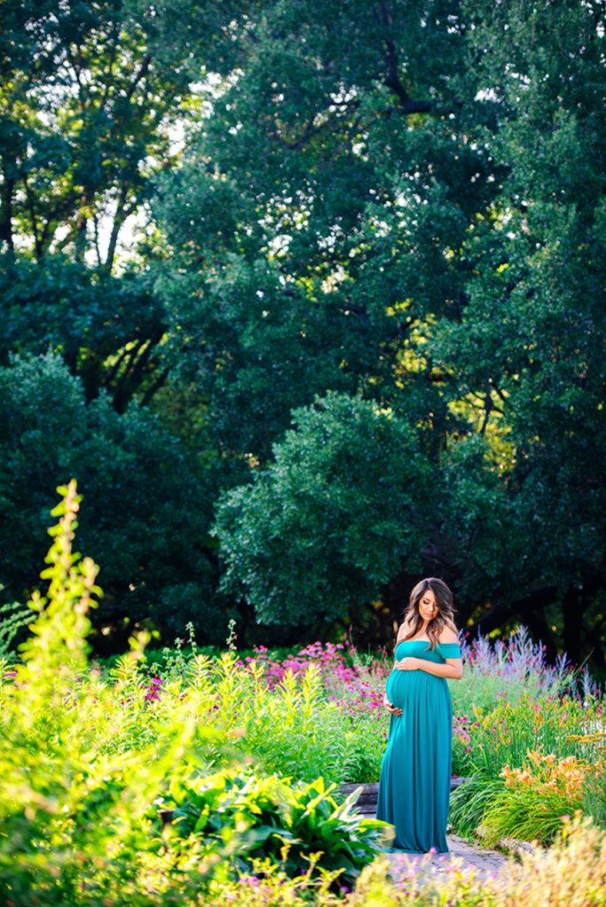 maternity photography maternity gown blue for outdoor photo shoot