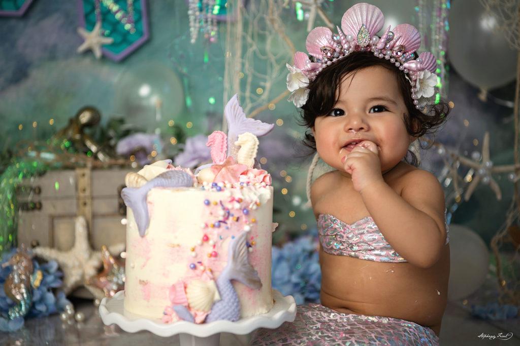 Mermaid cake smash photography
