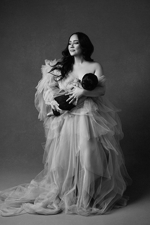 Dallas newborn photographer in studio photoshoot