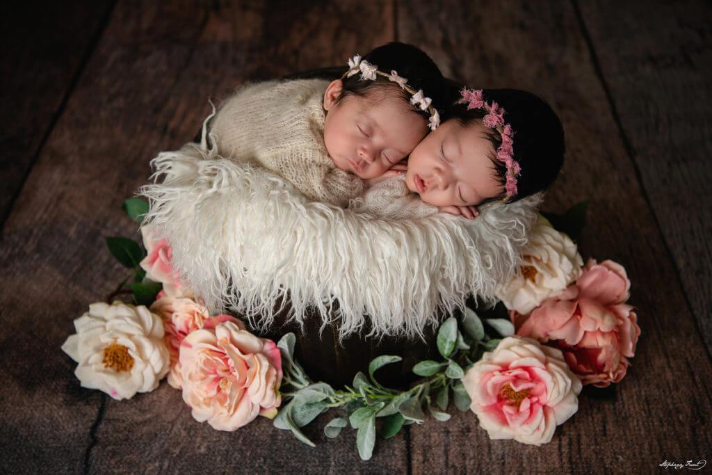 Twin newborn photoshoot girls