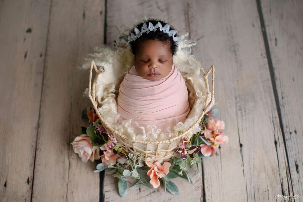 Spring newborn baby girl portrait ideas
