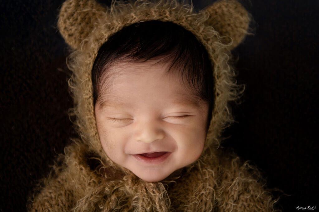 teddybear newborn pictures by Stephany Ficut Photography